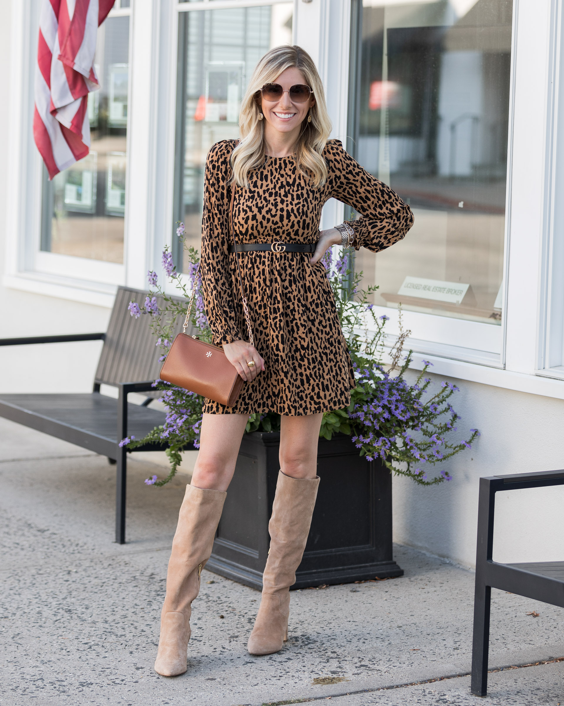 fall-details-leopard-dress-suede-boots-the-glamorous-gal