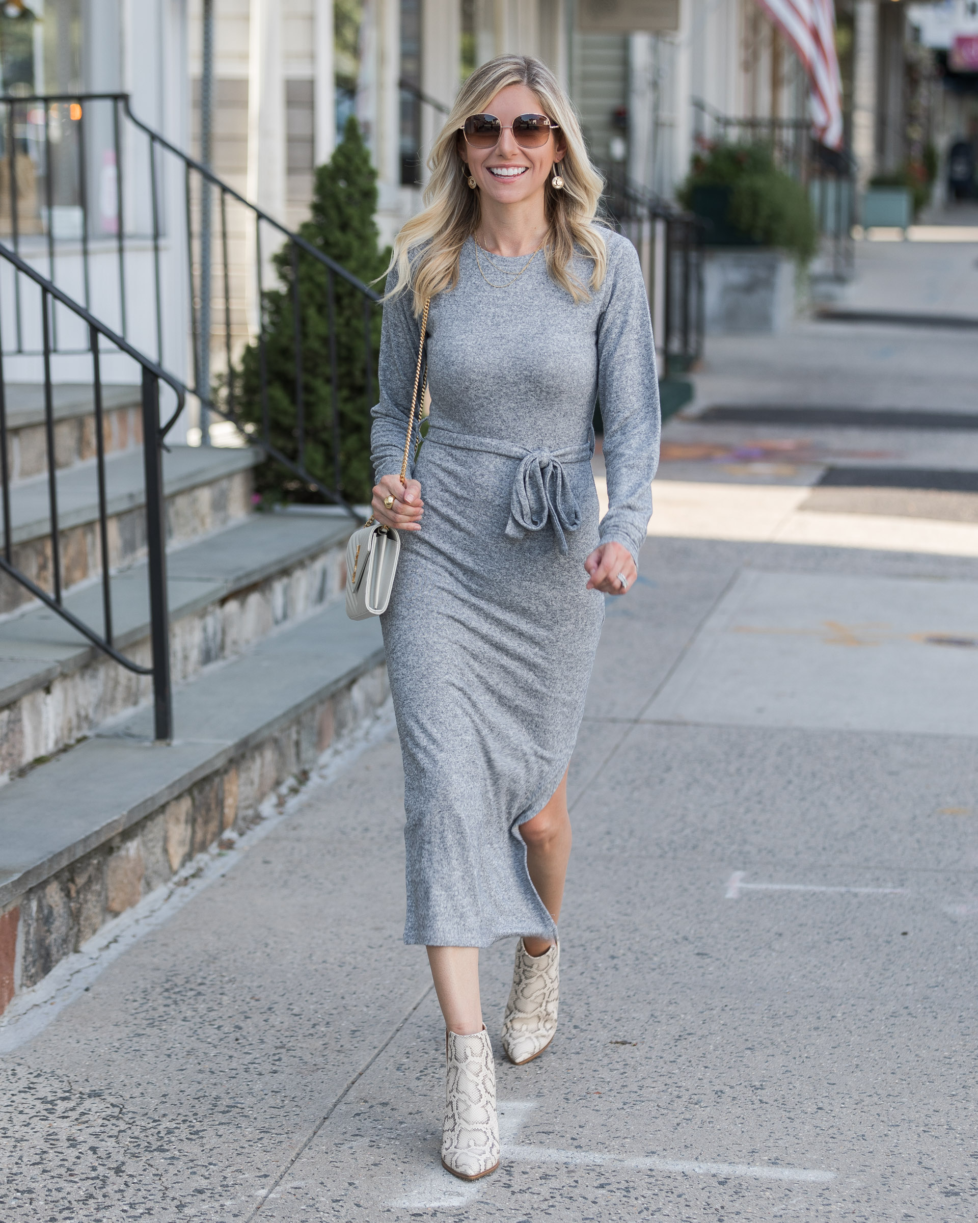 transitional-fall-sweater-dress-the-glamorous-gal