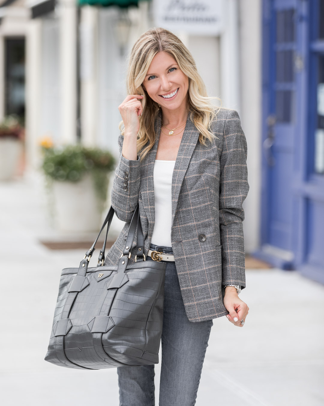 plaid-blazer-perfect-for-fall-the-glamorous-gal