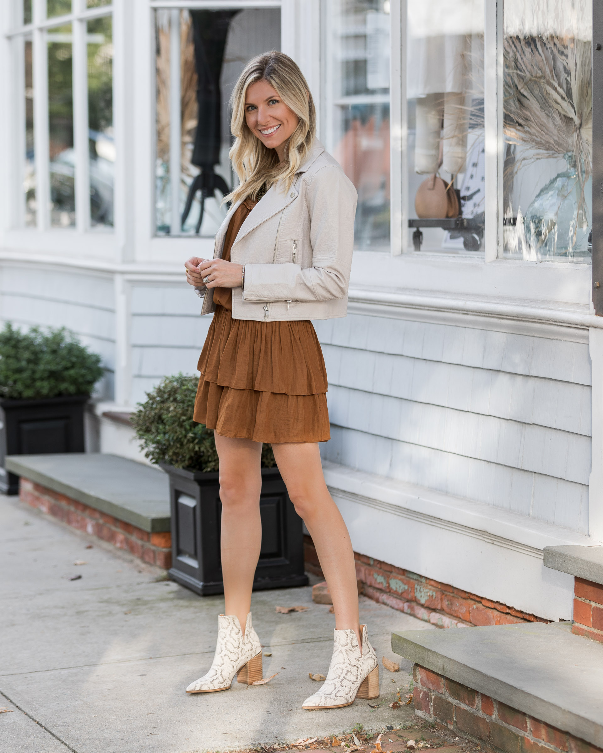 rust-dress-perfect-color-for-fall-the-glamorous-gal