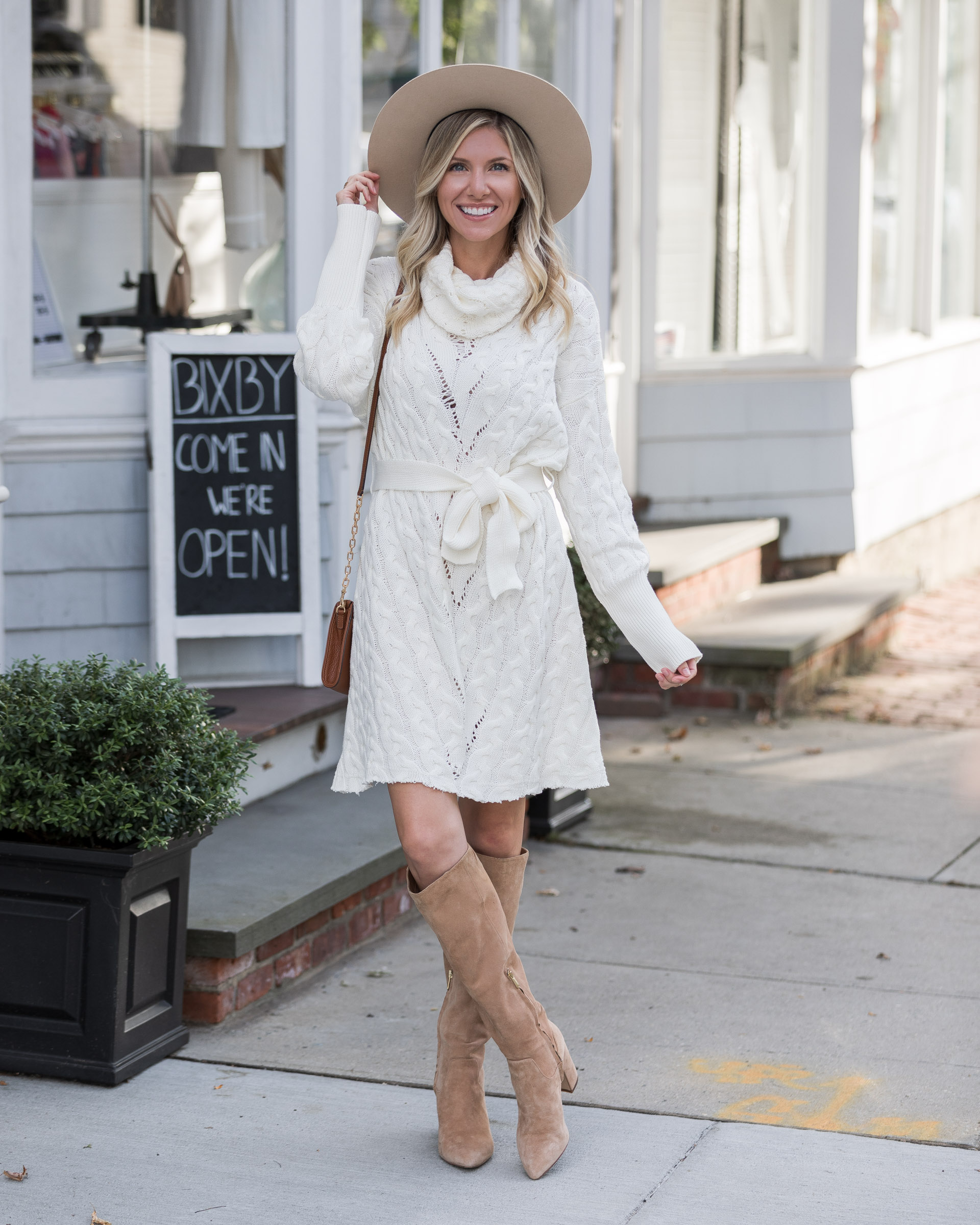 white-sweater-dress-with-neutral-accessories-the-glamorous-gal