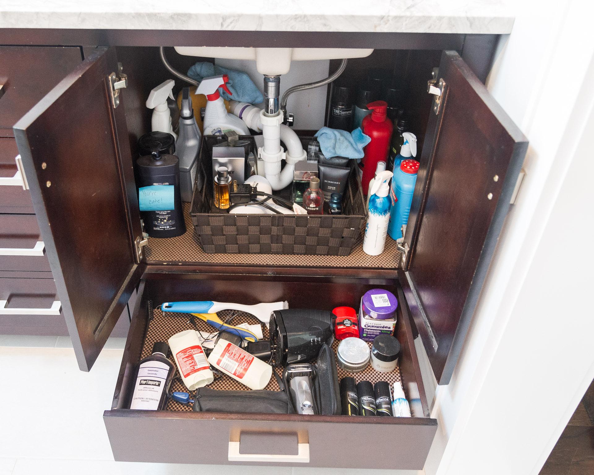 bathroom-organization-under-sink-2-before-the-glamorous-gal