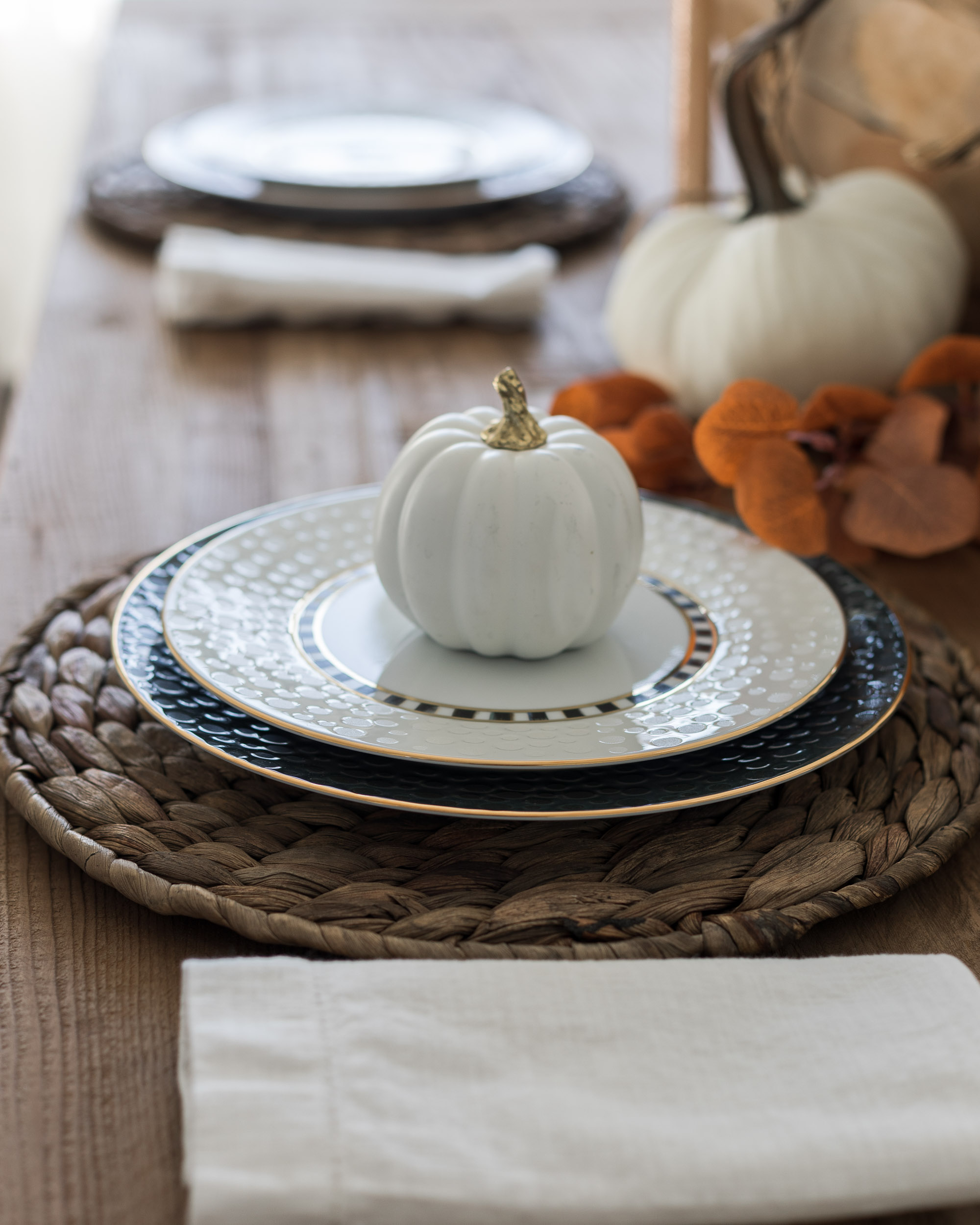 makenzie-childs-fall-tablescape-the-glamorous-gal