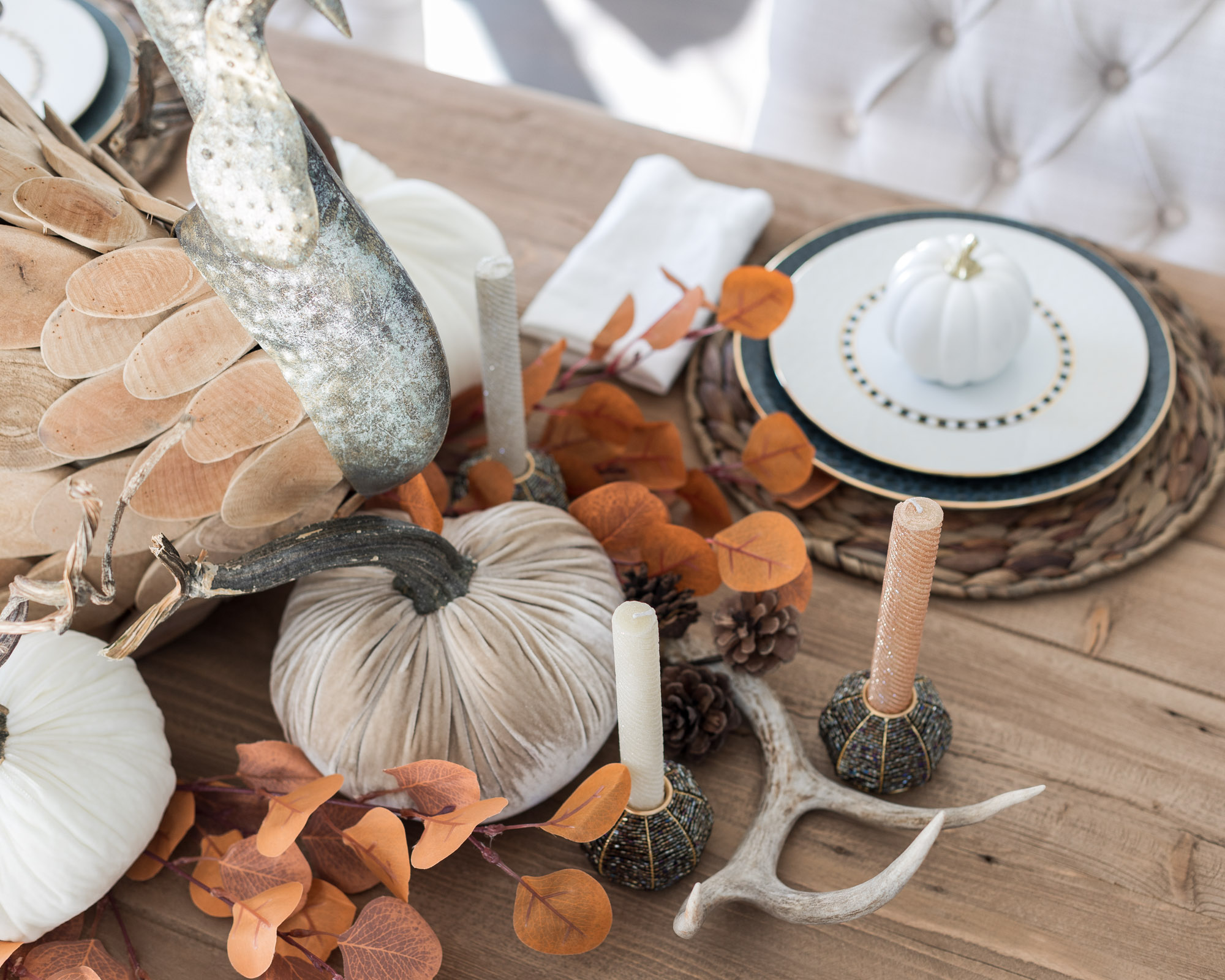 thanksgiving-tablescape-with-makenzie-childs-the-glamorous-gal