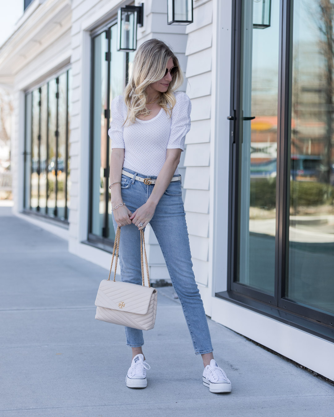 casual spring vibes the glamorous gal