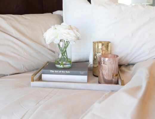 peachskin-sheets-cozy-bedroom-nook-the-glamorous-gal