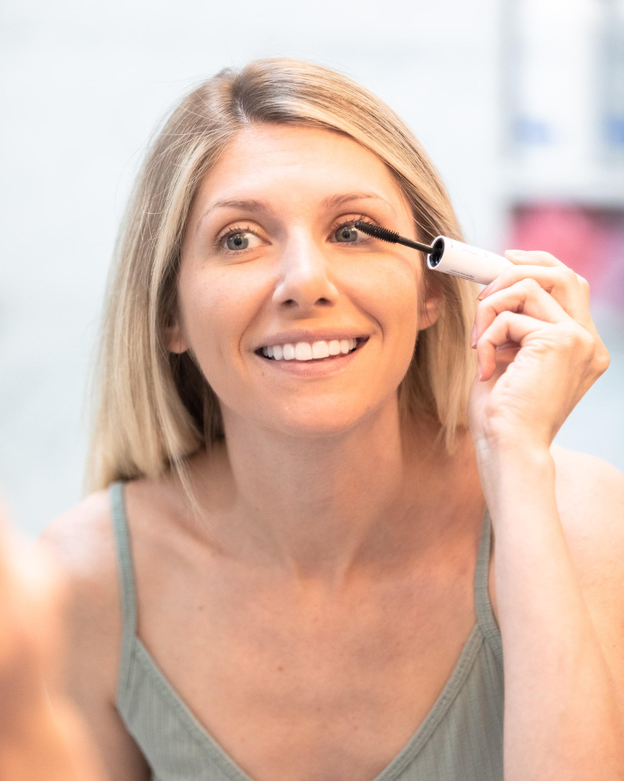 my-perfect-lashes-mascara-the-glamorous-gal