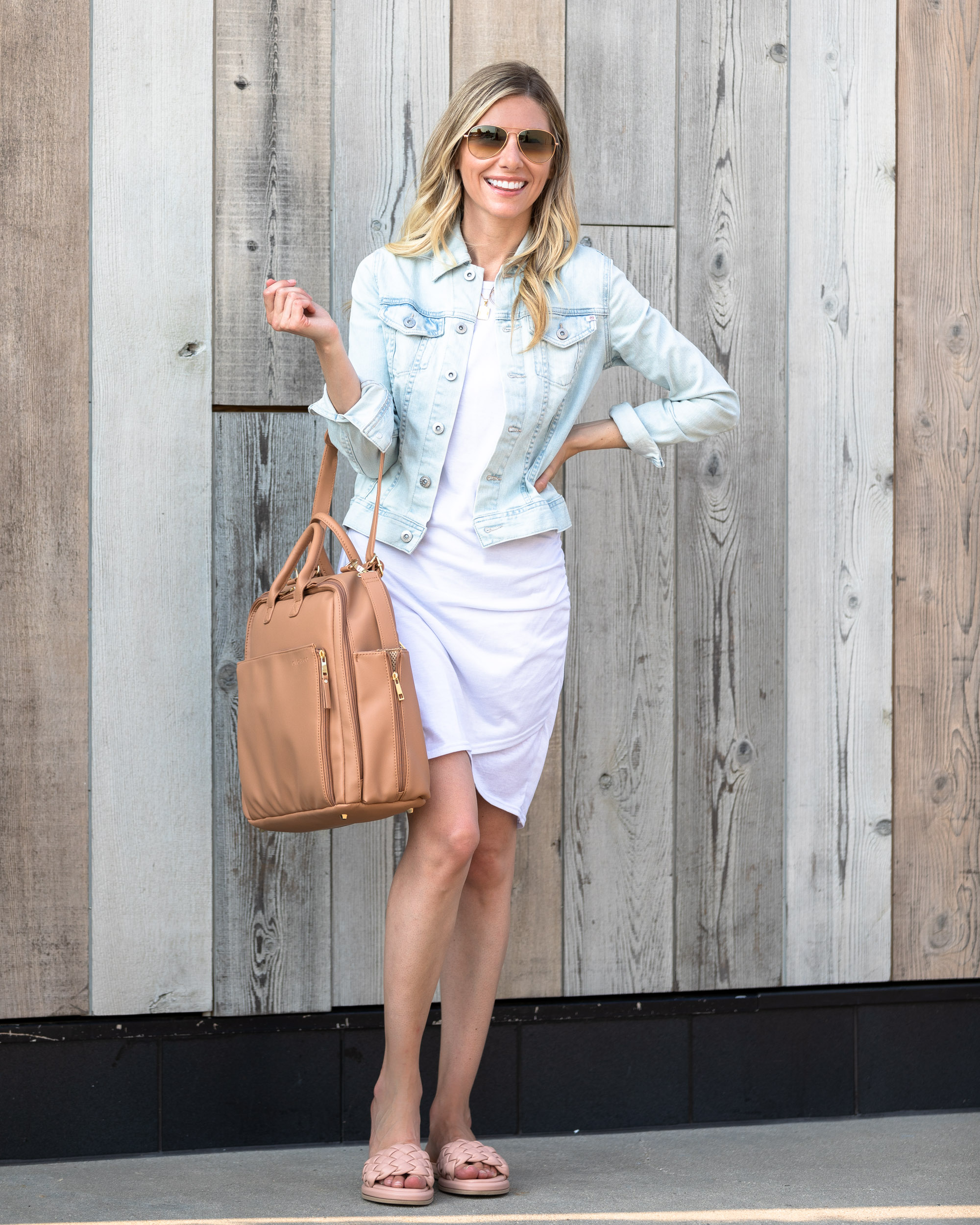 ayla-tan-tote-travel-bag-with-lots-of-pockets-the-glamorous-gal