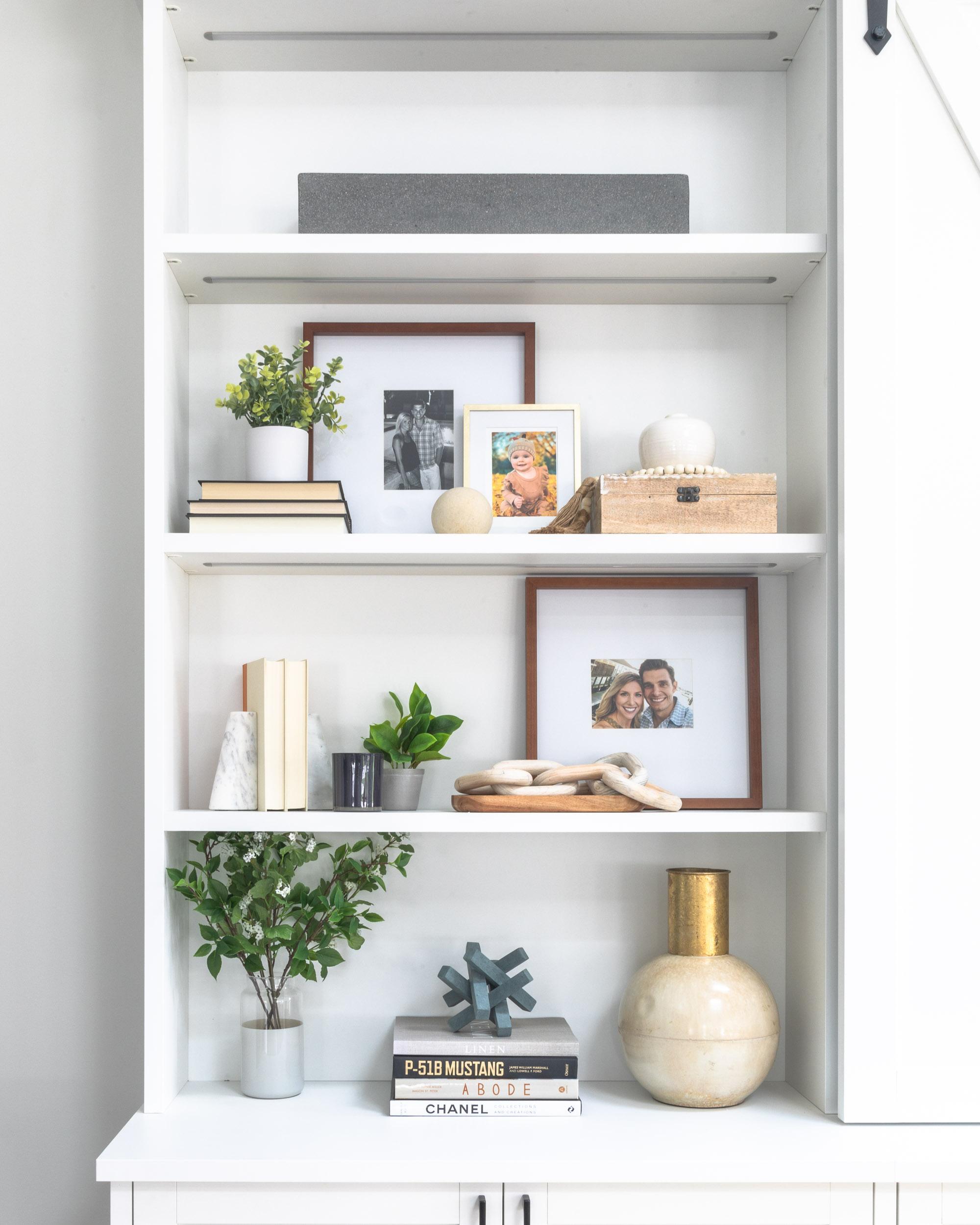 california-closets-shelfie-the-glamorous-gal