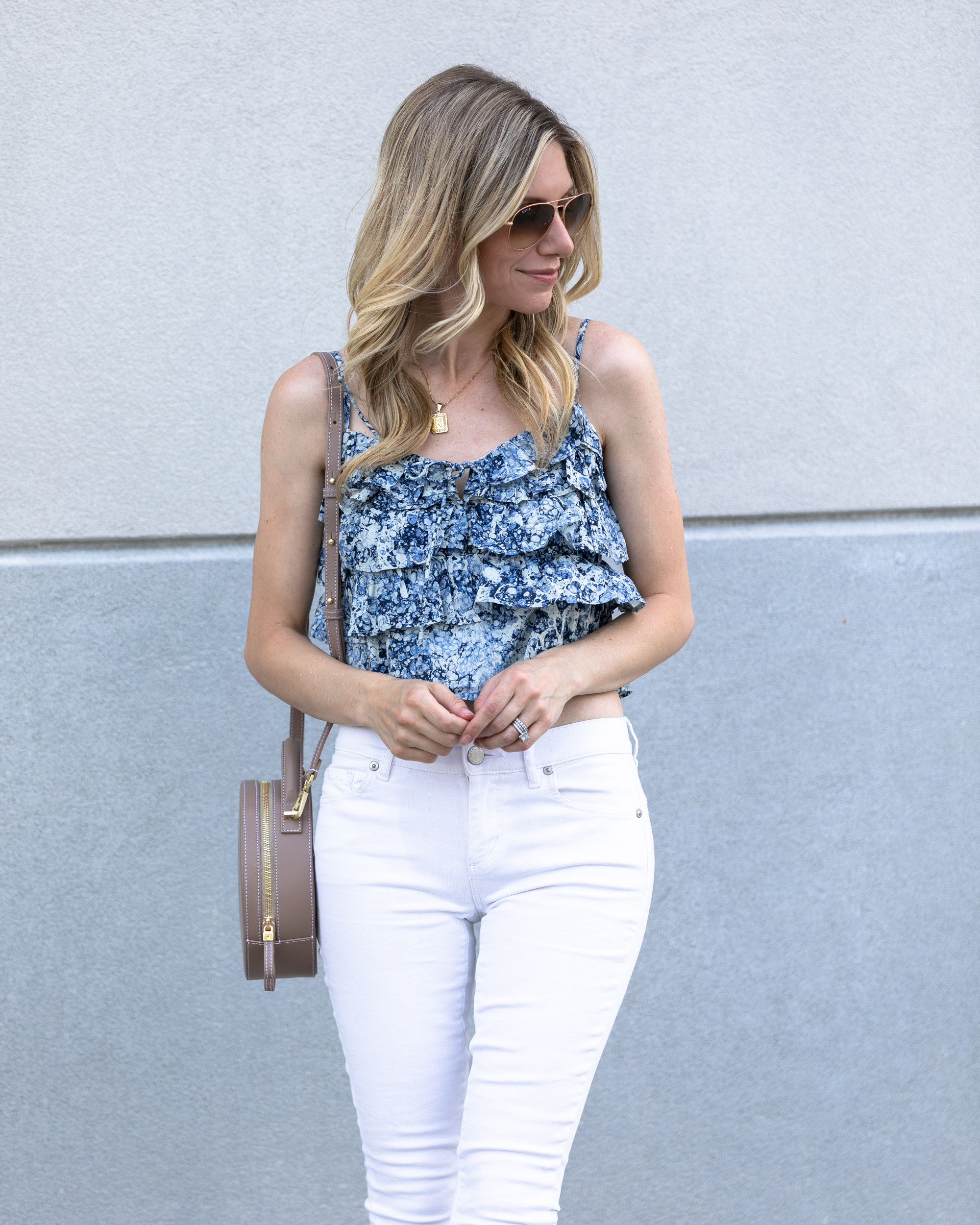 express-summer-outfit-the-glamorous-gal